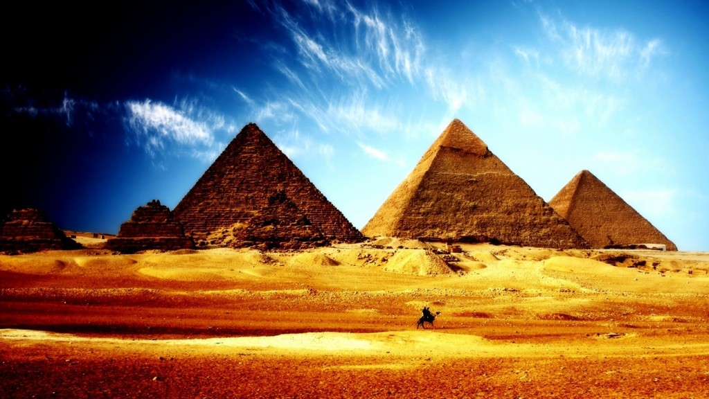 1024x768-pyramids-ancient-hd-pyramids-fantasy-and-real